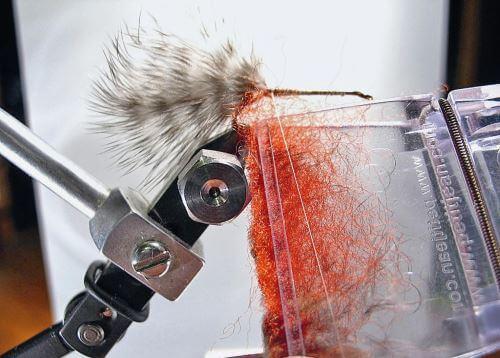 Материалы необходимые для вязания мушки