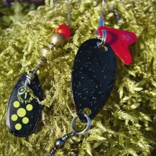 Черный цвет приманок для ловли на спиннинг