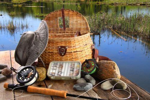 Где купить рыболовные снасти