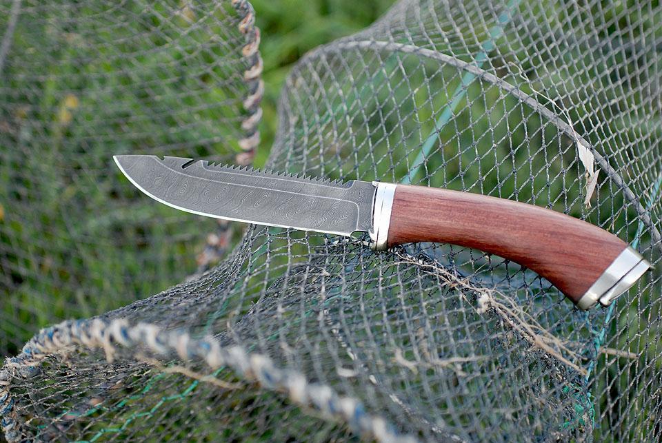 Выбираем правильный нож для рыбалки