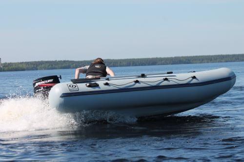 Как заклеить лодку ПВХ дома