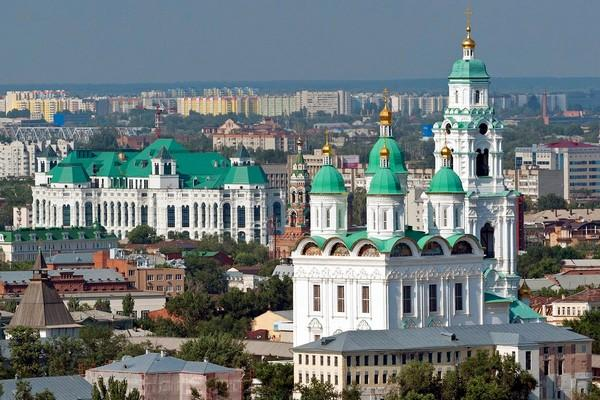 Зрелищный семейный отдых в Астрахани