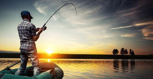 Как рыбачить с лодки