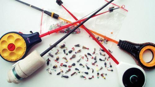 Удочки для зимней рыбалки на мормышку